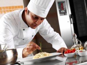 Hangisinin işi daha zor Aşçı mı? Garson mu?