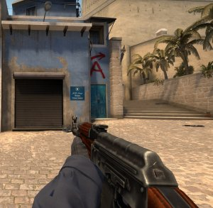 CS:GO'da ki AK-47 mi? CS:Source'de ki AK-47 mi?