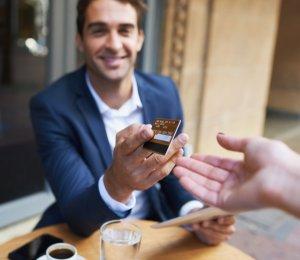Sevgilin ile ilk buluşman hesabın tamamını öder misin?