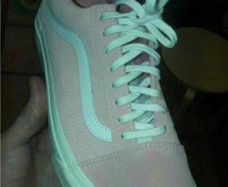 Bu ayakkabı hangi renk?