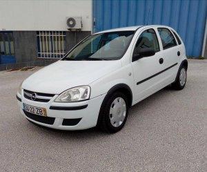 Opel Corsa mı? Ford Fiesta mı? (Yıl: 2000-2006)