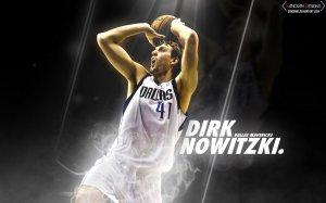 Sizce basketbol tarihinin en iyi power forwardı kim?