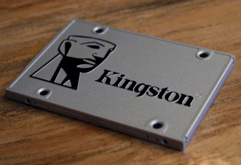 Kingston SSDNow UV400 240 GB