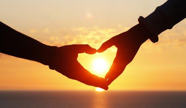 Aşk Sizin İçin Nedir?