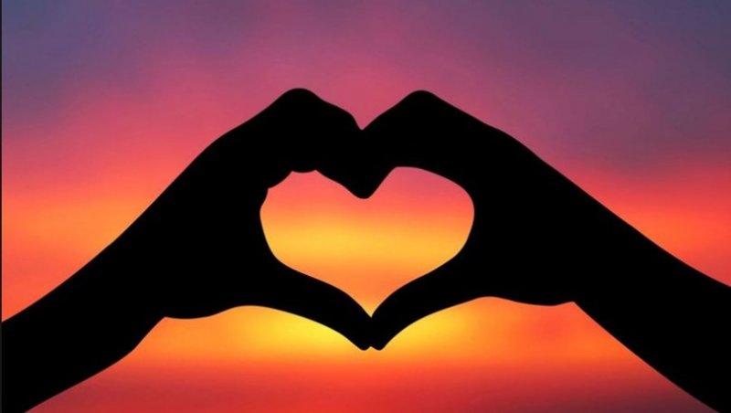 İlk Aşkını Hatırlıyomusun?